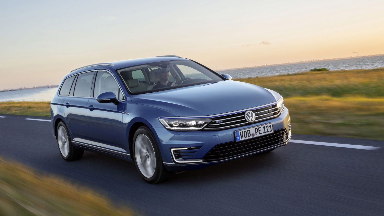 blog colour lease saloon vw guide prices carwow passat and volkswagen colours